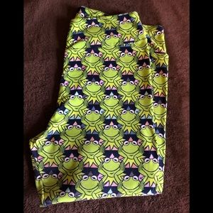 Lularoe Disney Kermit Leggings
